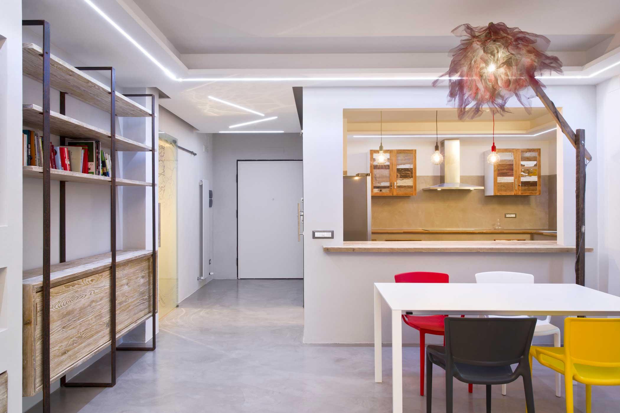 Soggiorno e cucina in stile industriale