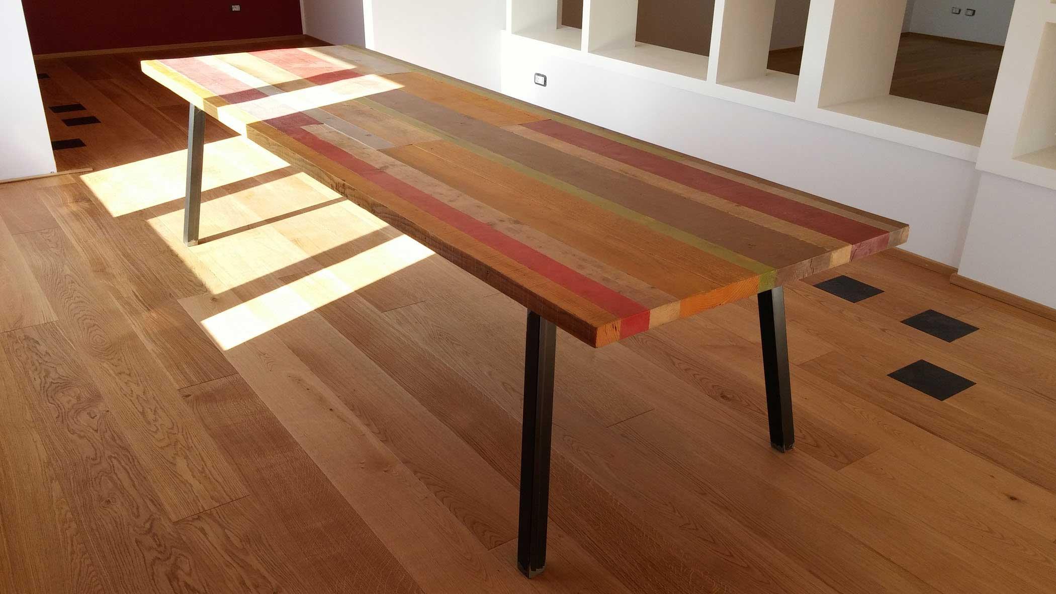 Tavoli in legno di rovere e recupero for Tavolo di legno pieghevole