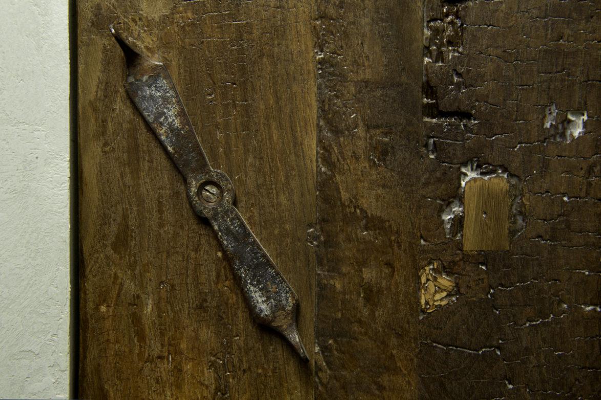 cucina in resina e legno antico su misura