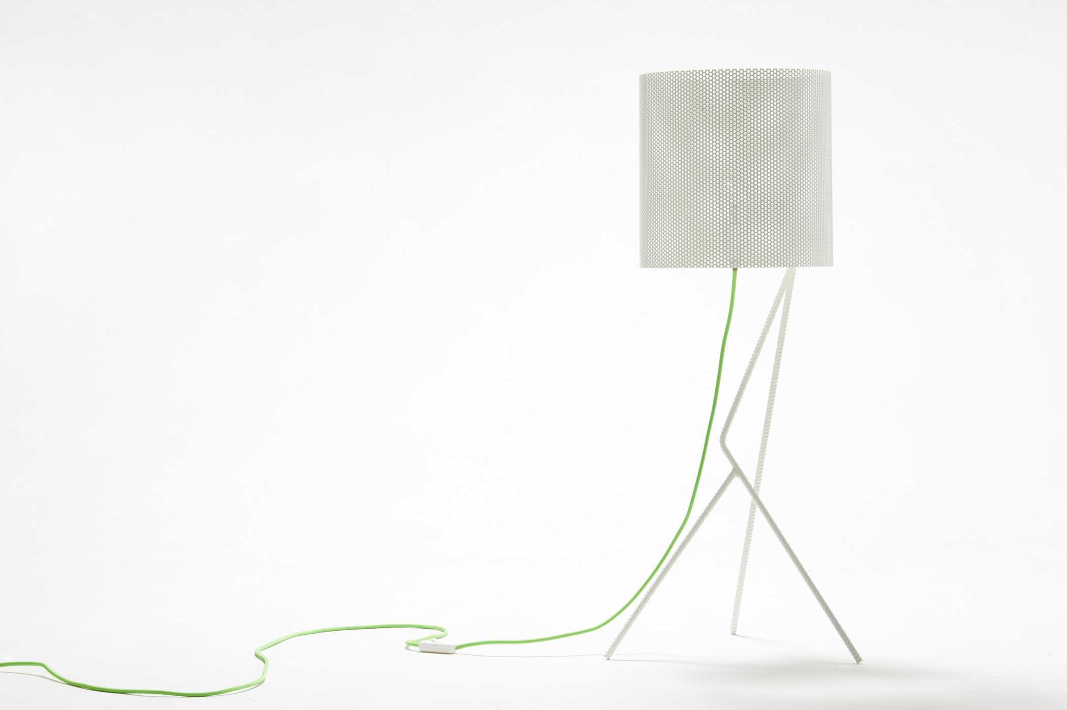 Lampada artigianale design in lamiera bianca
