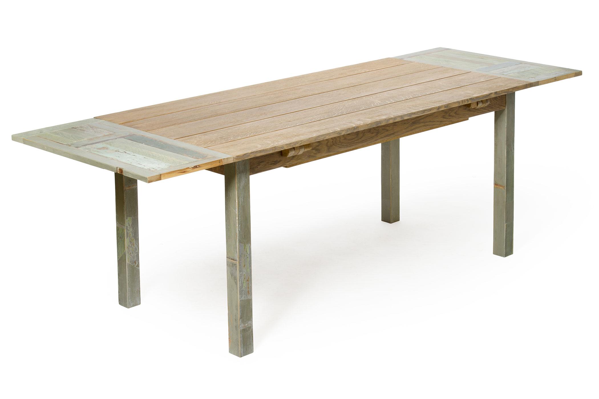 Tavolo in legno massello con prolunghe con apertura su misura