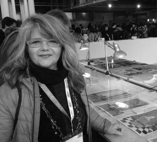 Daniela Praeschi illustratrice, disegnatrice, scenografa. Illustrazioni libri e mobili