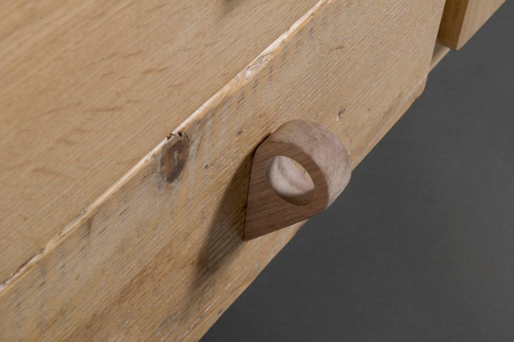 Mobili zona giorno in legno di recupero e rovere