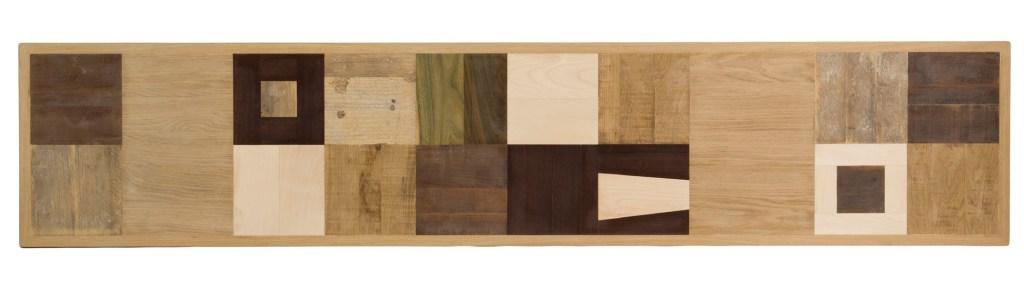 Madia contemporanea con piano in massello o intarsiato con diverse essenze di legno chiaro e scuro. Progetto artigianale