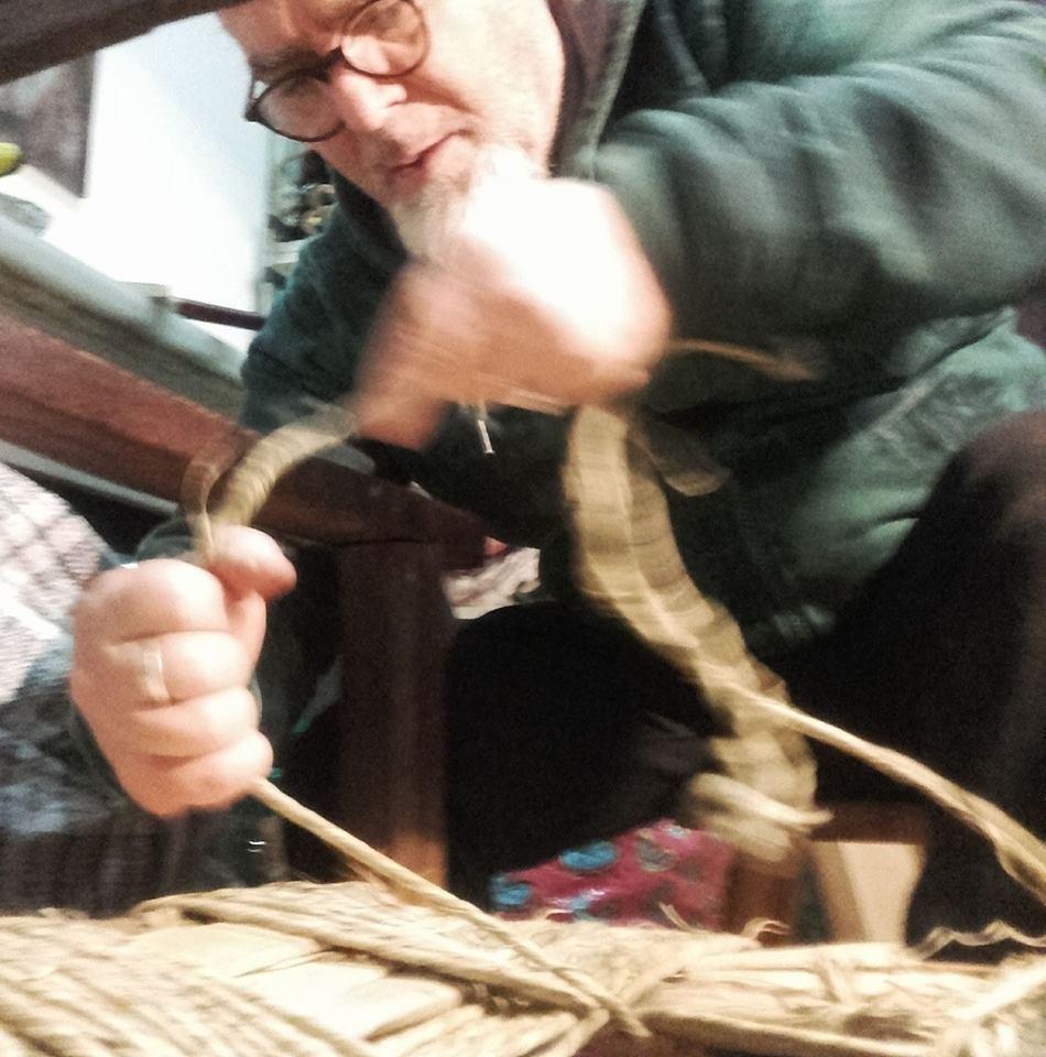 Impagliatura Sedie Terni e Bolsena, paglia naturale per sedute artigianali
