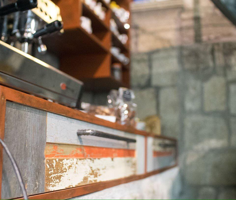 bancone per macchina espresso bar ferro industriale e legno
