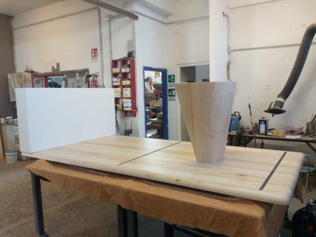 tavolo per cucina contemporanea hi tech in legno massello di acero