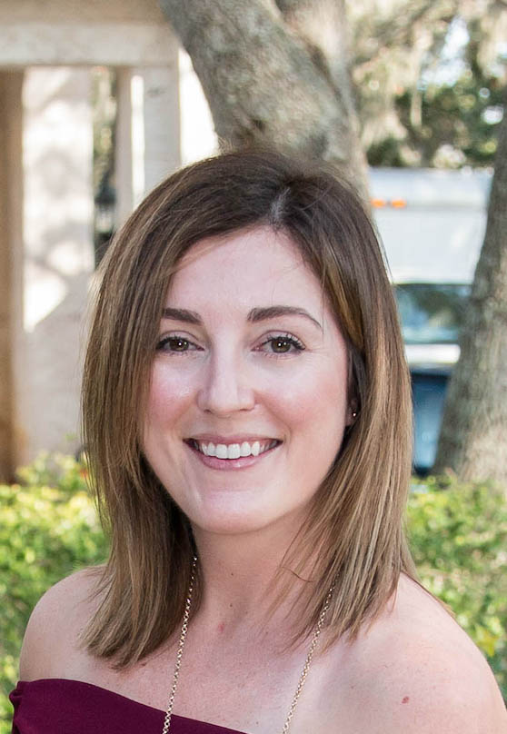 Lara Clevenger is a Ketogenic nutritionist and ketogenic dietitian who offers online nutrition services and keto coaching. Keto nutritionist near me. Keto nutritionist in Florida.