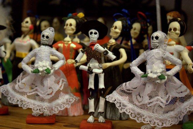 Día De Los Muertos skeleton statutes