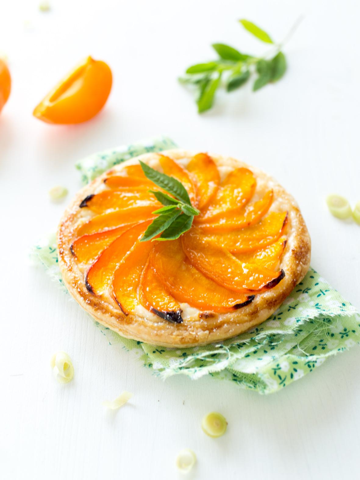 tartelette fine abricot ricotta et citronnelle la raffinerie culinaire. Black Bedroom Furniture Sets. Home Design Ideas