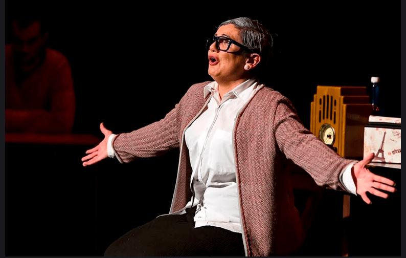 """""""La profesora Rosalba Scholasticus"""" de Zálatta Teatro llega este jueves 17 de enero a La Ranilla Espacio Cultural a las 20:00 horas"""