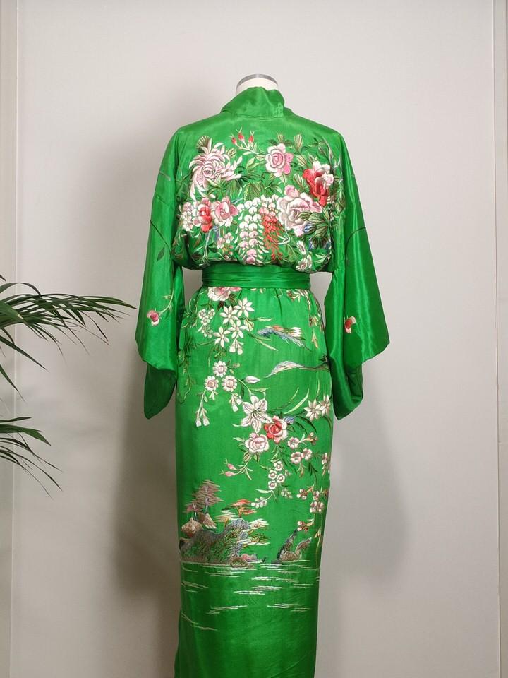 kimono-bordado-cantones-verde