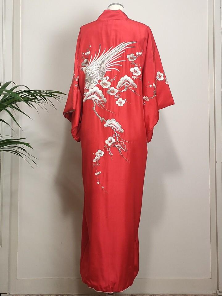 kimono-vintage-rojo-mujer