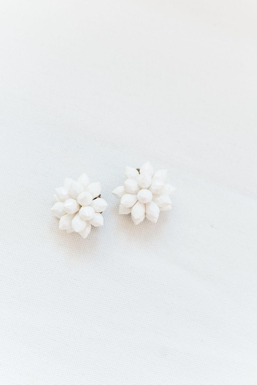 White vintage botton earrings