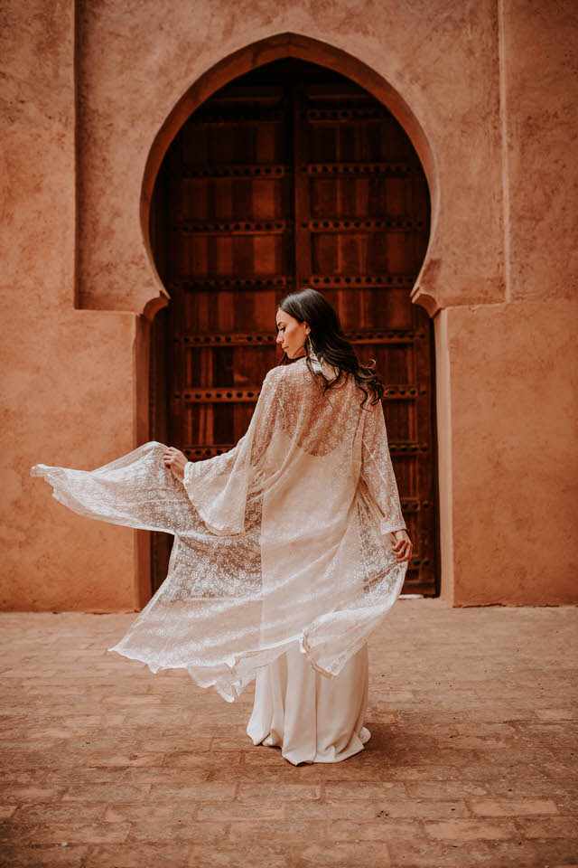 dress-lace-bride-