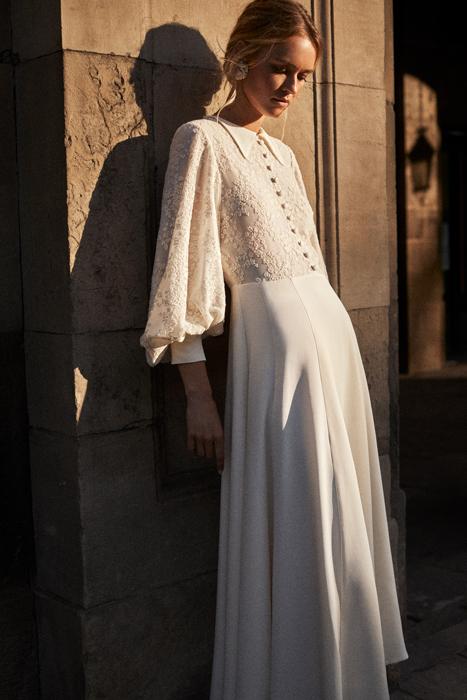Vintage puff sleeve wedding dress