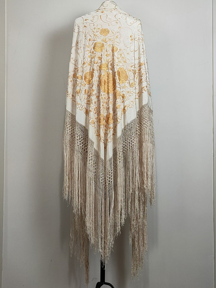 antique-isabeline-manila-shawl