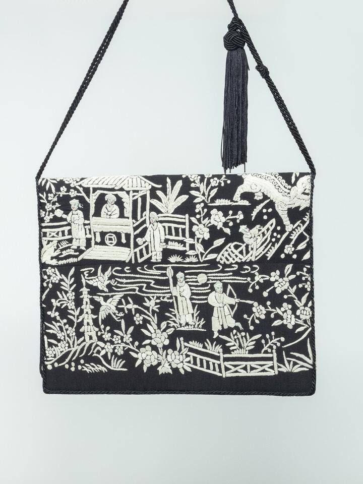 embroidery-vintage-handbag