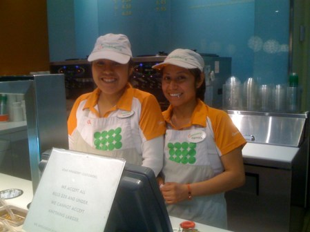 Maribel and Andrea at Pinkberry in Larchmont