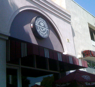 The Coffee Bean and Tea Leaf in Larchmont Village