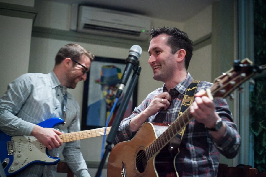 Late Night Larder Wanstead presents a night of catchy covers with acoustic duo Lo & Behold – 16th March 2017