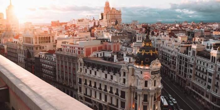 Visita España este verano