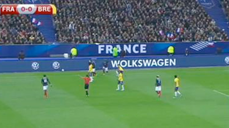 outdoor-print-wolkswagen-france-brazil-match