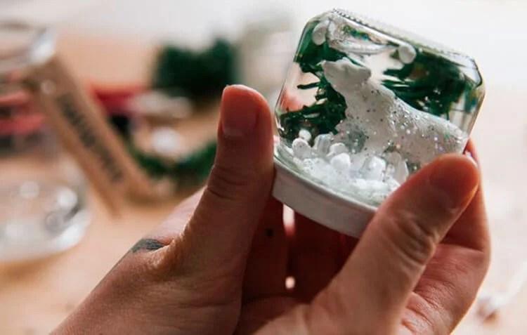 DIY para o Ano Novo com suas próprias mãos: nós fazemos na competição da escola e jardim Podelki K Novomu Godu 9