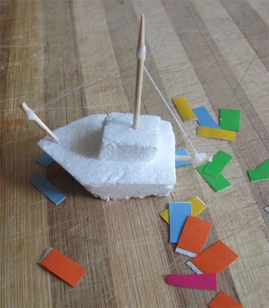 船舶为儿童:使用方案创建的各种方式和描述Korable Svoimi Rukami 108