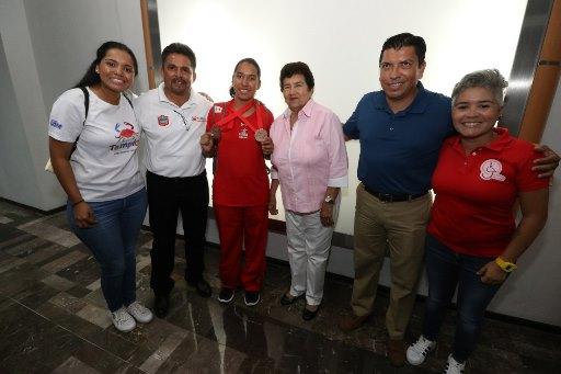 Recibe alcaldesa de Tampico a Karla Sofía Cárdenas Herrera
