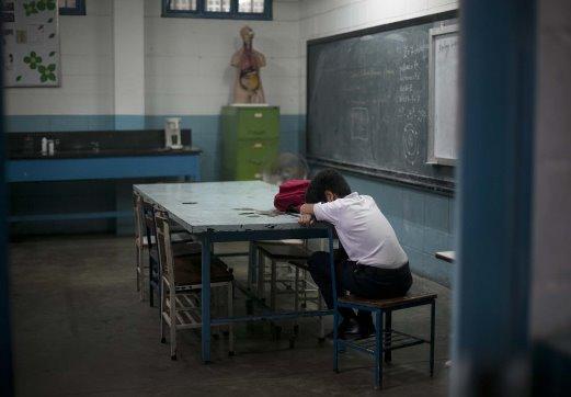 Escuelas públicas en crisis
