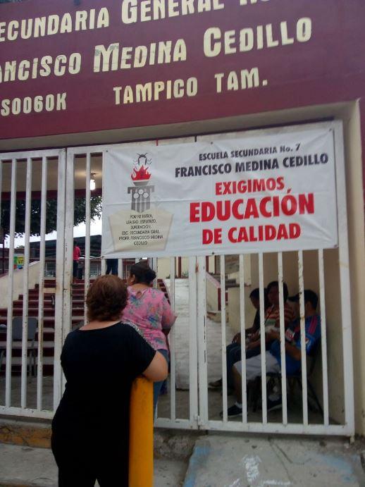 Continúan alumnos sin clases en Secundaria 7