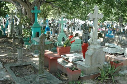 Tratan de recuperar predio en Tampico para ampliar panteón
