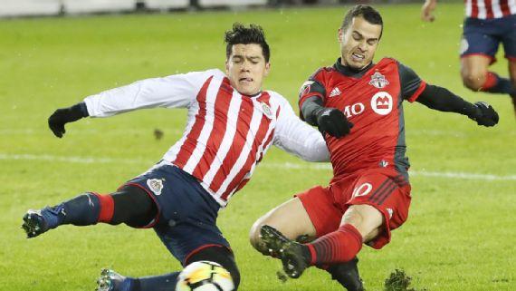 Chivas deja congelado a Toronto en final de ida de Concacaf