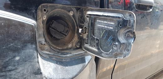 Ahora roban gasolina a tanques de vehículos