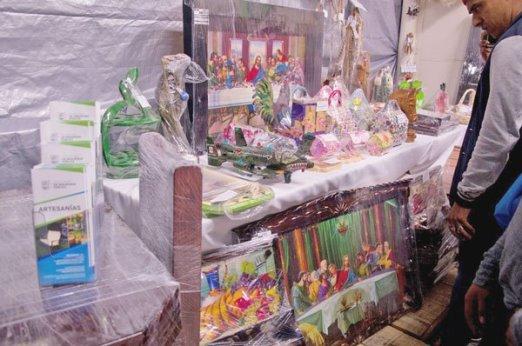 Invitan a exposición artesanal de los CEDES