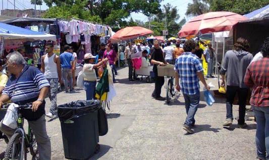 Tesorería municipal reporta a medias ingresos por tianguis y mercados