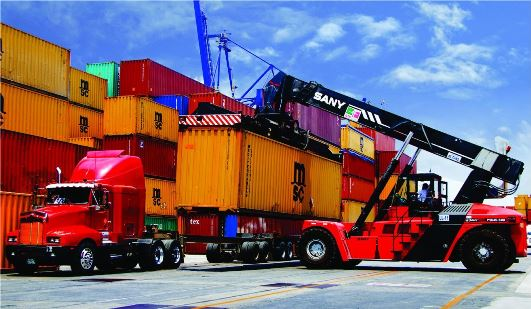 Urgente ampliación de aduana y rehabilitación de cordón litoral