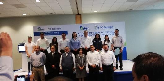 Entregan becas TC Energía a estudiantes tamaulipecos