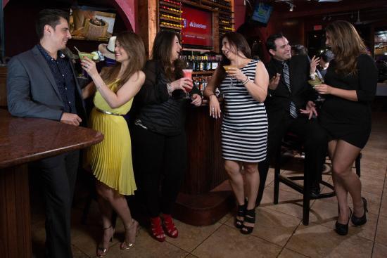 Cierran bares, cantinas y centros nocturnos por disparo del Covid-19