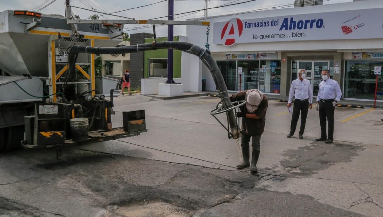Agilizan trabajos de bacheo en la ciudad