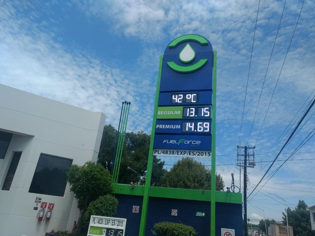 Aumenta gasolina 51 C. y crea estampida de precios