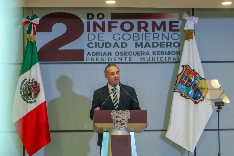 Rinde Adrián Oseguera su 2ndo Informe de Gobierno