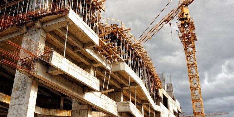 Avanza recuperación de constructoras con inversión privada