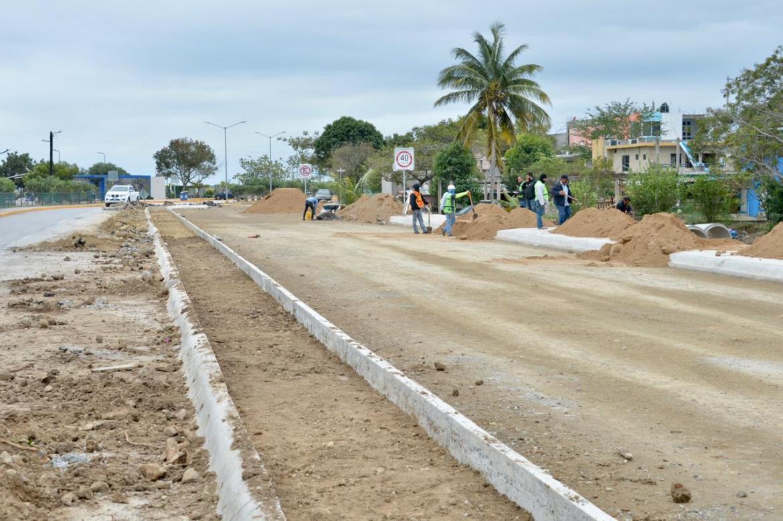 Avanza obra de ampliación de Bulevar Laguna de Champayán