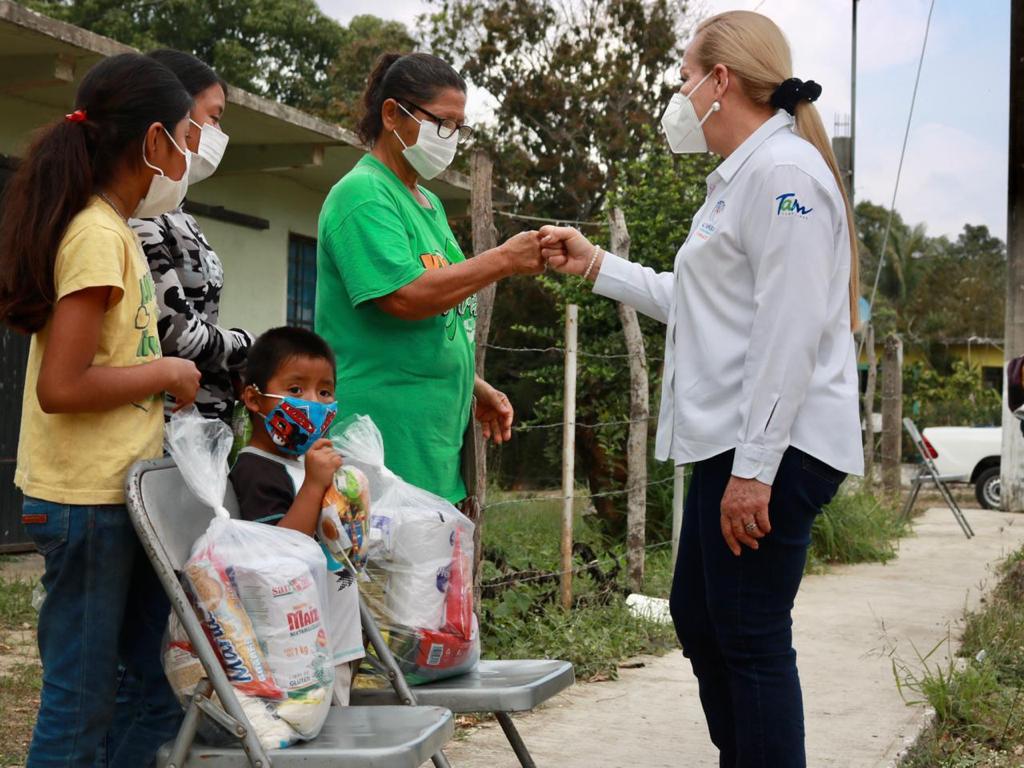 Lleva municipio apoyos a familias del área rural