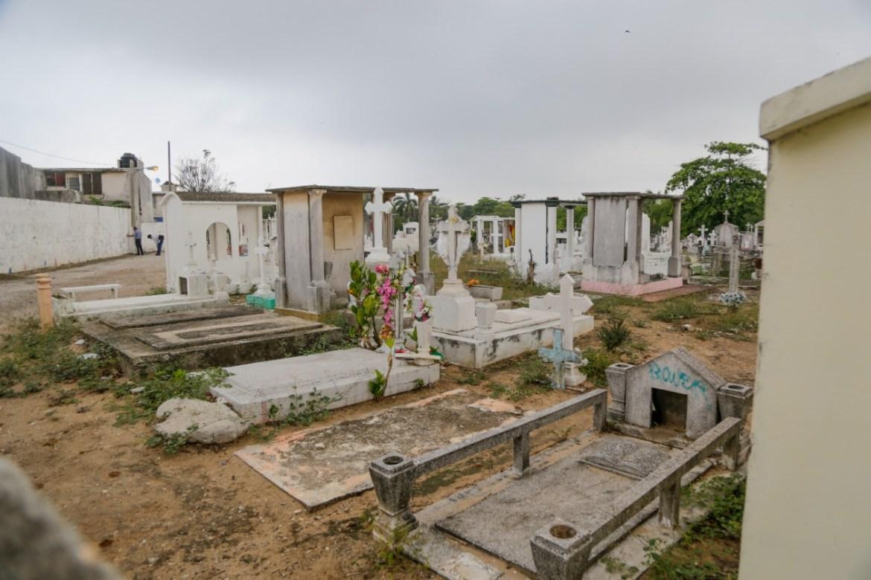 Restricciones en cementerios dependerán del semáforo epidemiológico