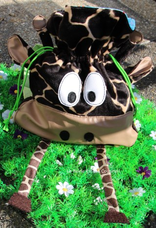 sac à dos girafe