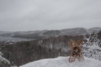snowshoes-at-the-lookout