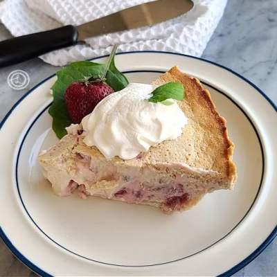 Gluten-Free Strawberry-Rhubarb Custard Pie